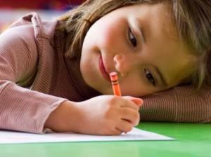 Cara mengajarkan anak menulis