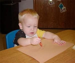 Tips mengajarkan anak menulis