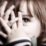7 TIPS AGAR ANAK PEMALU JADI PERCAYA DIRI