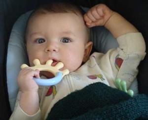 demam saat bayi tumbuh gigi