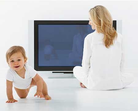 Bahaya nonton TV untuk anak