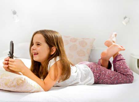 7 tips agar anak tidak ketergantungan gadget