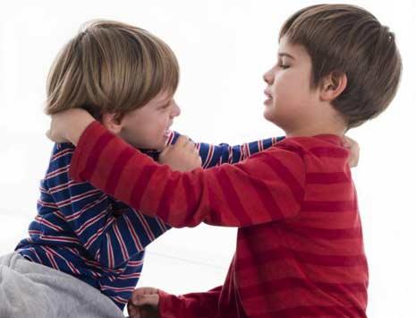Cara Mengatasi Anak Sering Bertengkar Dengan Adik