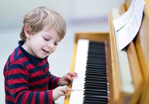 cara mengetahui & melatih bakat terpendam anak