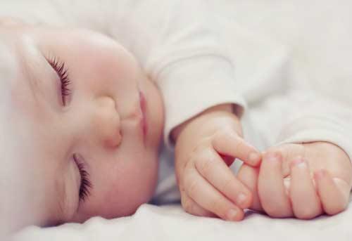 4 penyebab bayi tidak bisa tidur nyenyak
